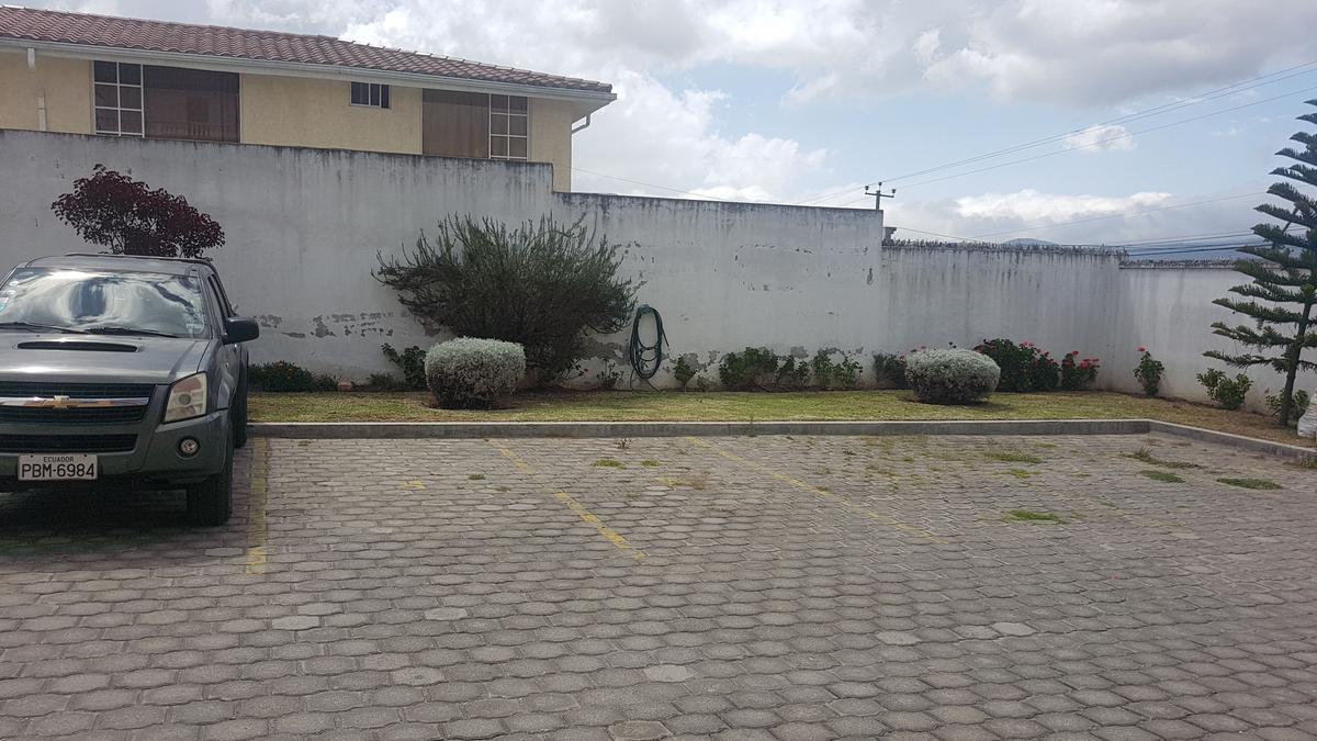Foto Casa en Venta en  Calderón,  Quito  SAN JOSE DE MORAN