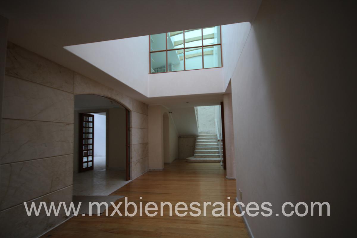Foto Casa en Renta en  Bosques de las Lomas,  Cuajimalpa de Morelos  CASA EN CONDOMINIO  AHUEHUETES SUR