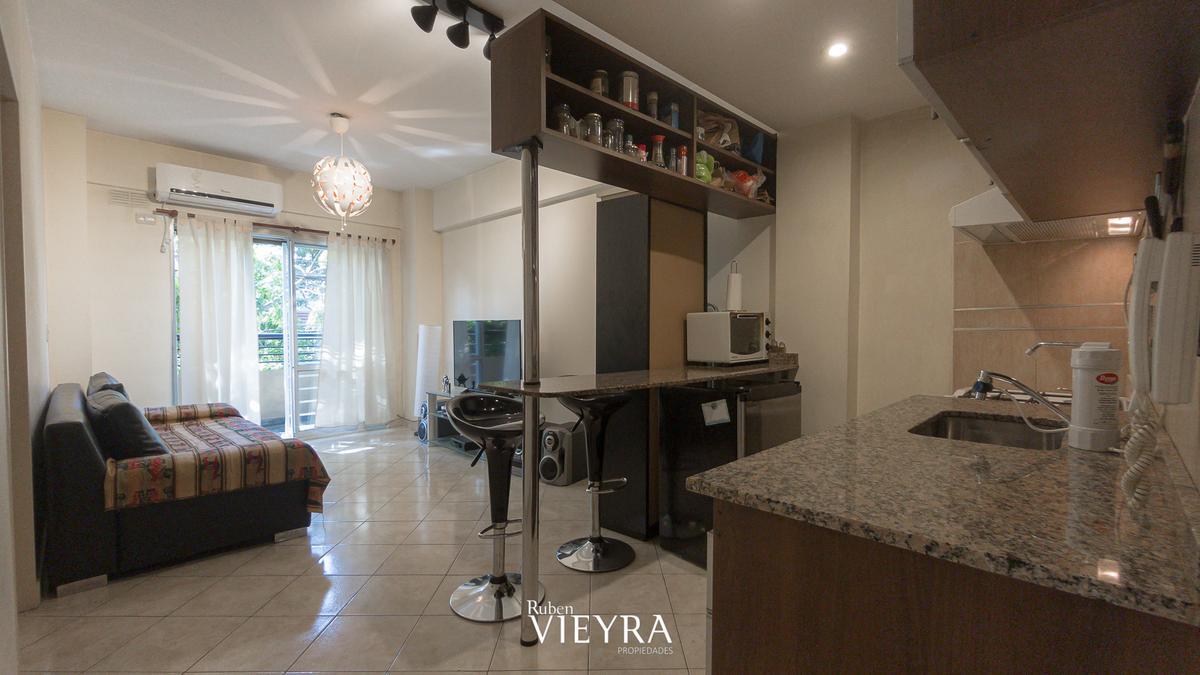 Foto Departamento en Alquiler temporario en  Villa Devoto ,  Capital Federal  Nogoya al 4200