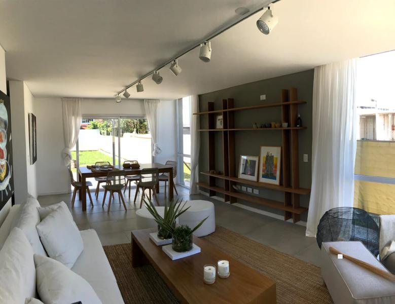 Foto Casa en Venta en  Jardin Claret,  Cordoba  Los Tilos III