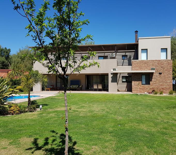 Foto Casa en Venta | Alquiler en  Country El Huarpe,  Rivadavia  Country El Huarpe
