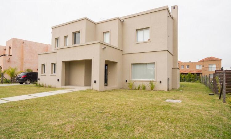 Foto Casa en Venta en  Barbarita,  Countries/B.Cerrado (Tigre)  Marcos Paz  al 2800