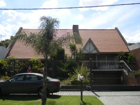 Foto Casa en Venta en  Banfield Oeste,  Banfield  SAN MARTIN 1840  e. Darragueira y G. Cruz
