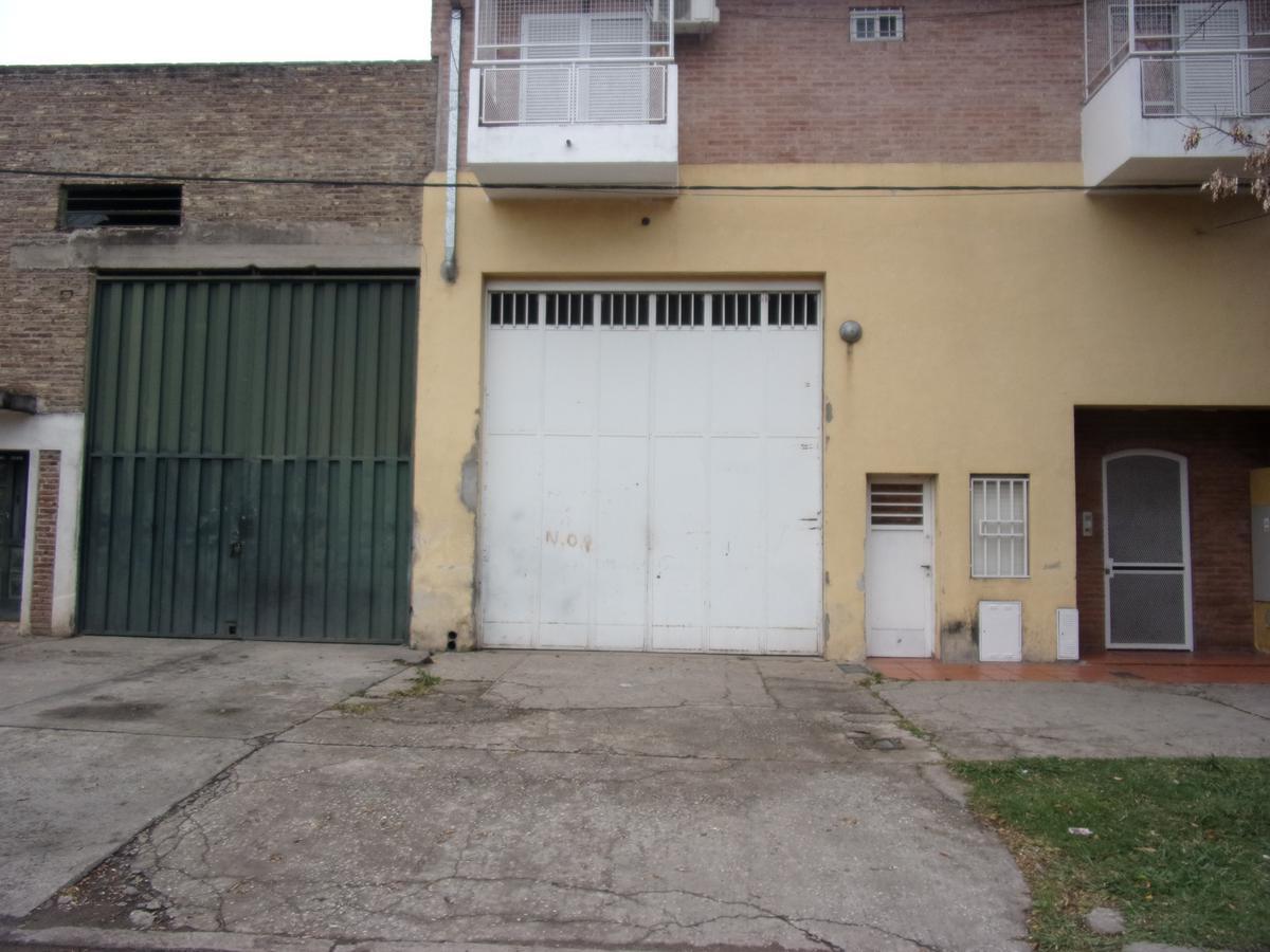 Foto Galpón en Alquiler en  Belgrano,  Rosario  MAGALLANES al 1500