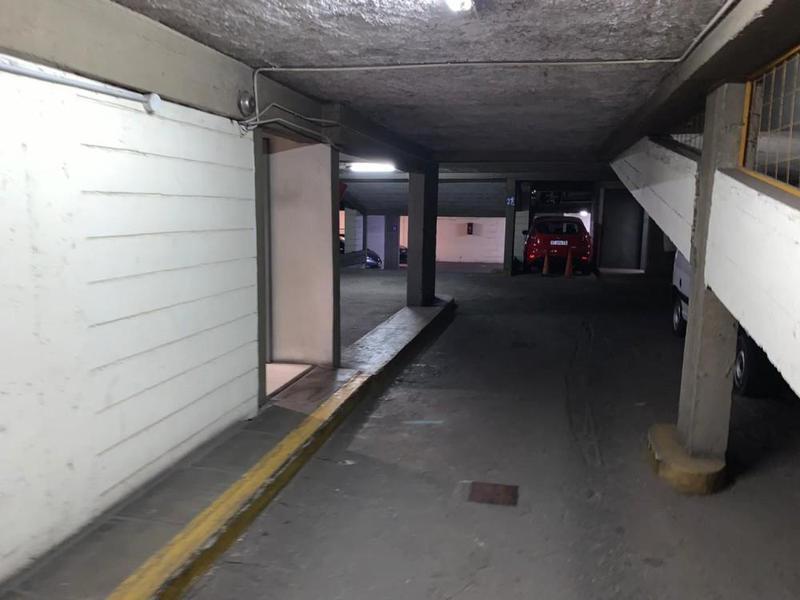 Foto Cochera en Venta en  Nueva Cordoba,  Cordoba Capital  B° Nueva Córdoba - Chile 100