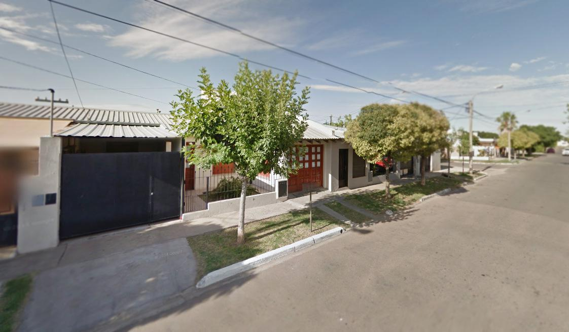 Foto Casa en Venta en  Santa Rosa,  Capital  Medici al 500