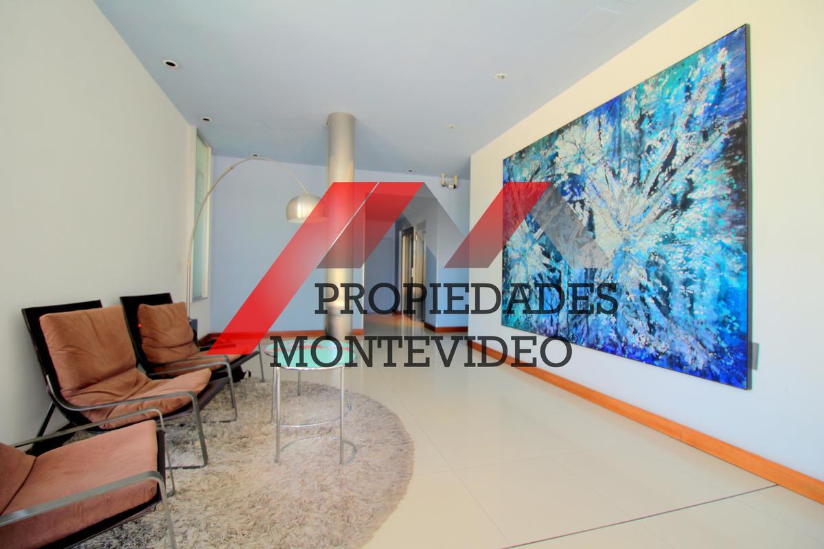 Foto Apartamento en Venta en  Malvín ,  Montevideo  Malvin, Av. Italia al 4700