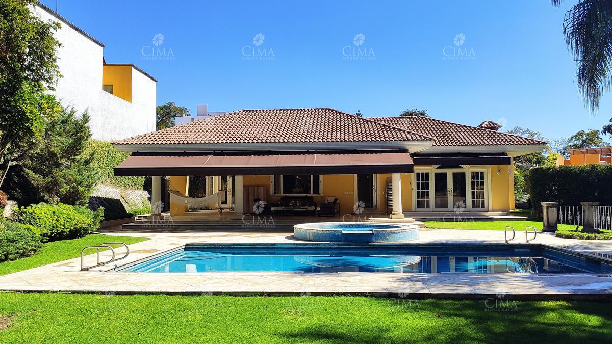 Foto Casa en Venta en  Fraccionamiento Rancho Cortes,  Cuernavaca  VENTA CASA ESTILO CALIFORNIANO EN RANCHO CORTÉS - V212