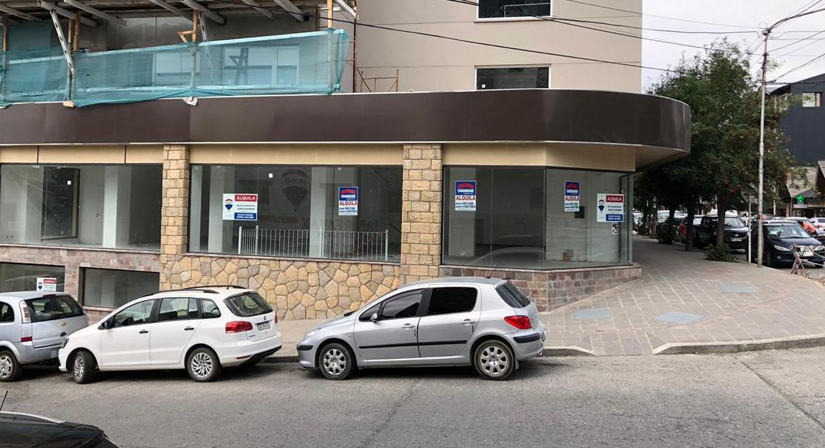 Foto Local en Alquiler en  Bariloche ,  Rio Negro  San Martin y Libertad Local No 5