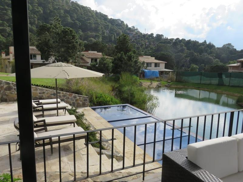 Foto Casa en condominio en Venta en  Valle de Bravo ,  Edo. de México  VENTA DE CASAS EN PUNTA SUR VALLE DE BRAVO