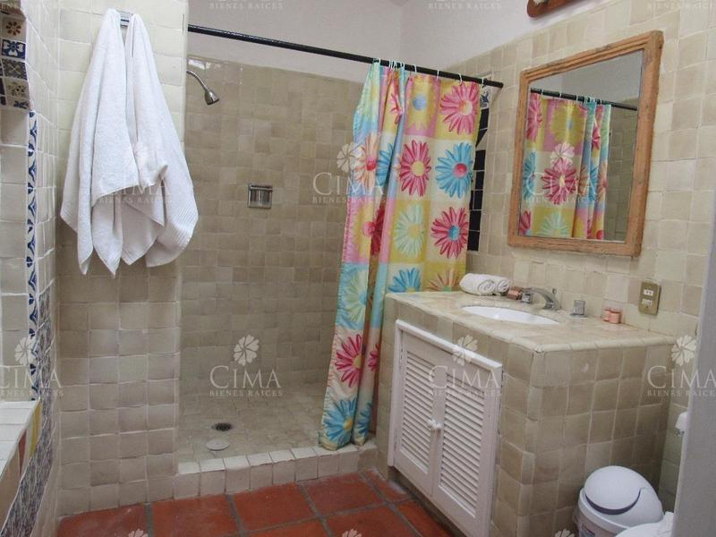 Foto Hotel en Venta en  Fraccionamiento Analco,  Cuernavaca  HOTEL EQUIPADO Y FUNCIONANDO - V124