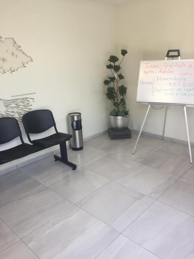 Foto Oficina en Renta |  en  La Providencia,  Metepec  OFICINAS EN RENTA EN METEPEC