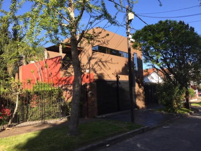 Foto Casa en Venta en  Mart.-Santa Fe/Fleming,  Martinez  PRINGLES al 2800
