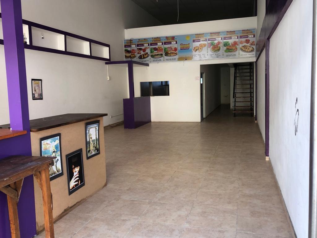 Foto Local en Alquiler en  San Bernardo Del Tuyu ,  Costa Atlantica  Oro 97