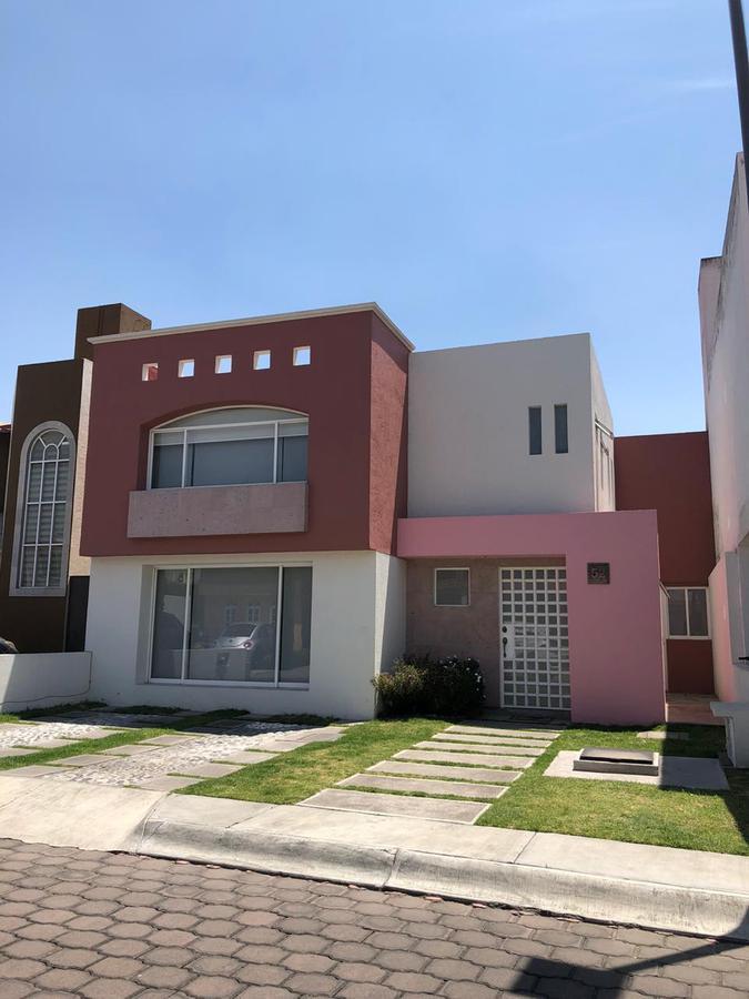 Foto Casa en condominio en Renta en  Metepec ,  Edo. de México  Casa en RENTA, Residencial Candilejas, Metepec, Estado de México
