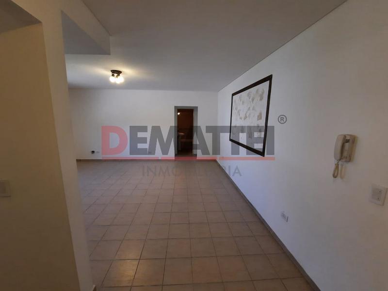 Foto Departamento en Alquiler en  Moreno,  Moreno  N. Alvarez al 400 -Nº 4 RESERVADO