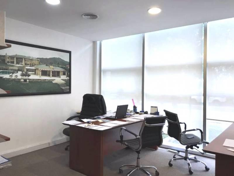 Foto Oficina en Venta en  Ayres Vila,  Manuel Alberti  panamericana  ramal pilar 43