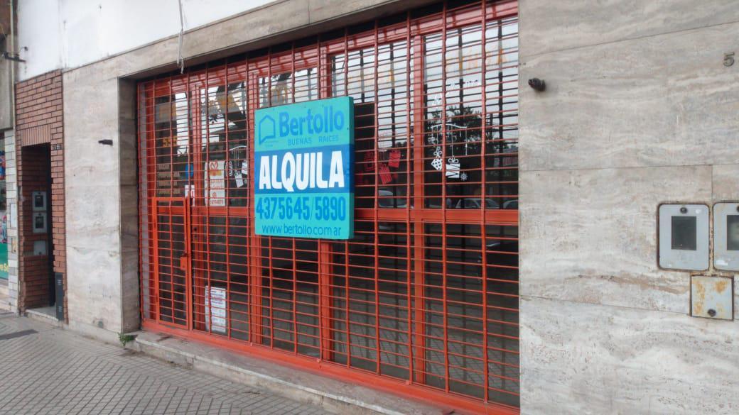 Foto Local en Alquiler en  Azcuenaga,  Rosario  MENDOZA al 5500