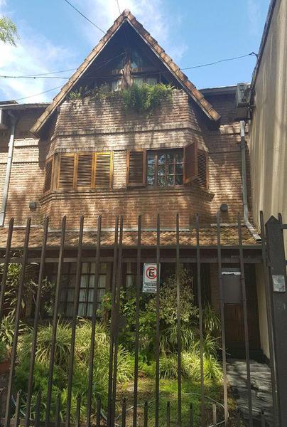Foto Casa en Venta en  Florida,  Vicente López  Chacabuco 1410
