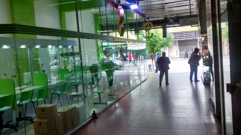 Foto Local en Venta en  Centro (S.Mig.),  San Miguel  Presidente Peron  1600