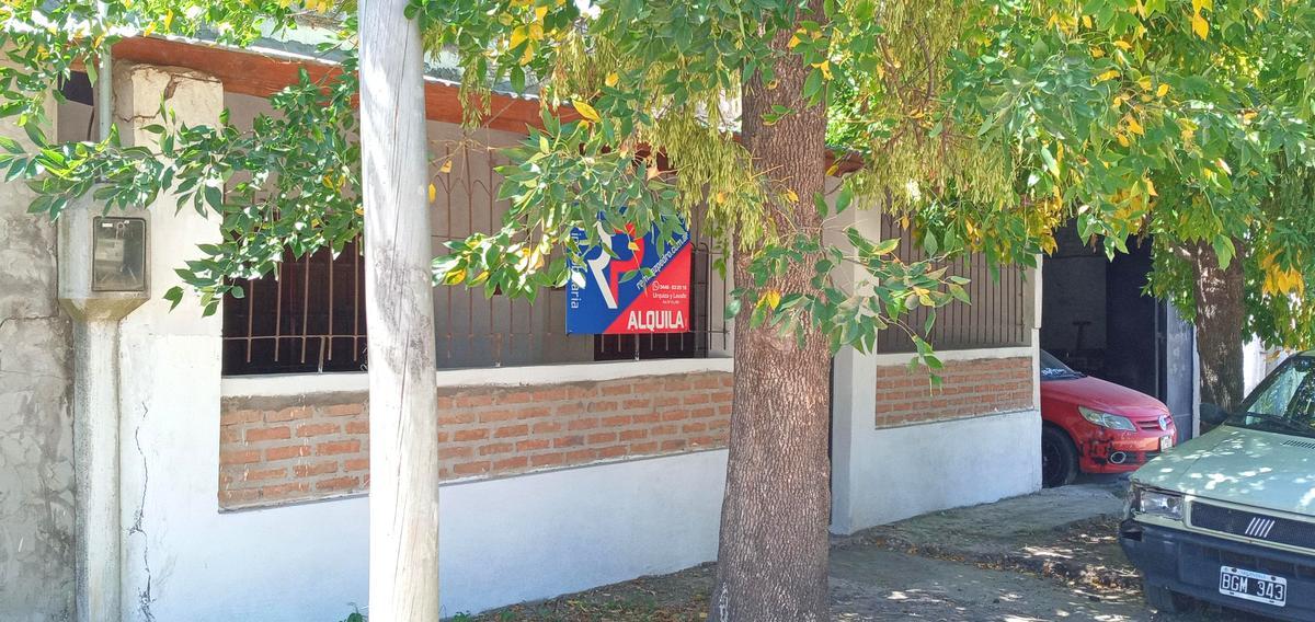 Foto Casa en Alquiler en  Gualeguaychu,  Gualeguaychu  Rebori Nº al 291