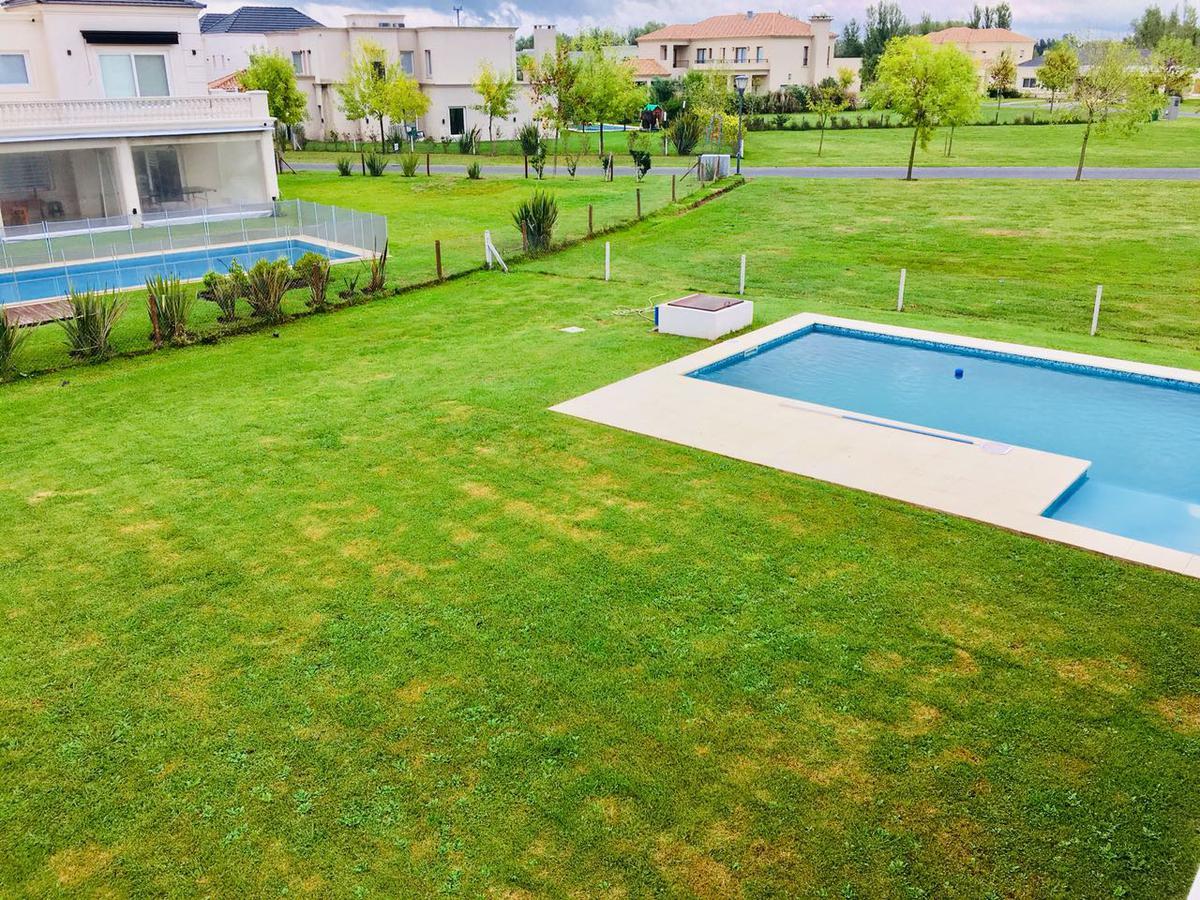 Foto Casa en Venta en  Terravista,  Countries/B.Cerrado (G. Rodriguez)  Terravista UF al 400