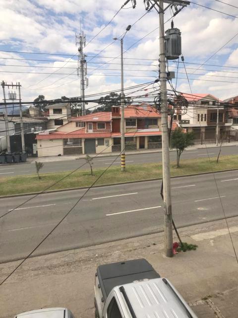 Foto Departamento en Venta en  Centro de Cuenca,  Cuenca  Av. de las Américas