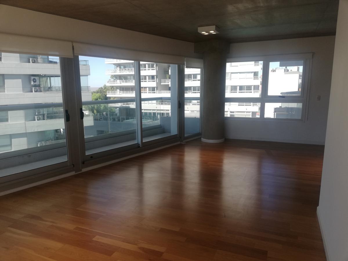 Foto Departamento en Alquiler en  Olivos,  Vicente Lopez  Av.del Libertador al 2400