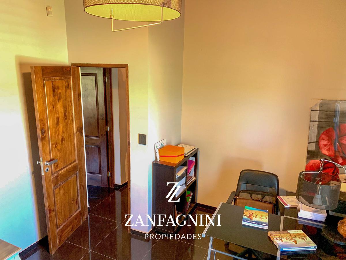 Foto Casa en Venta en  Rodeo Del Medio,  Maipu  Los Solares