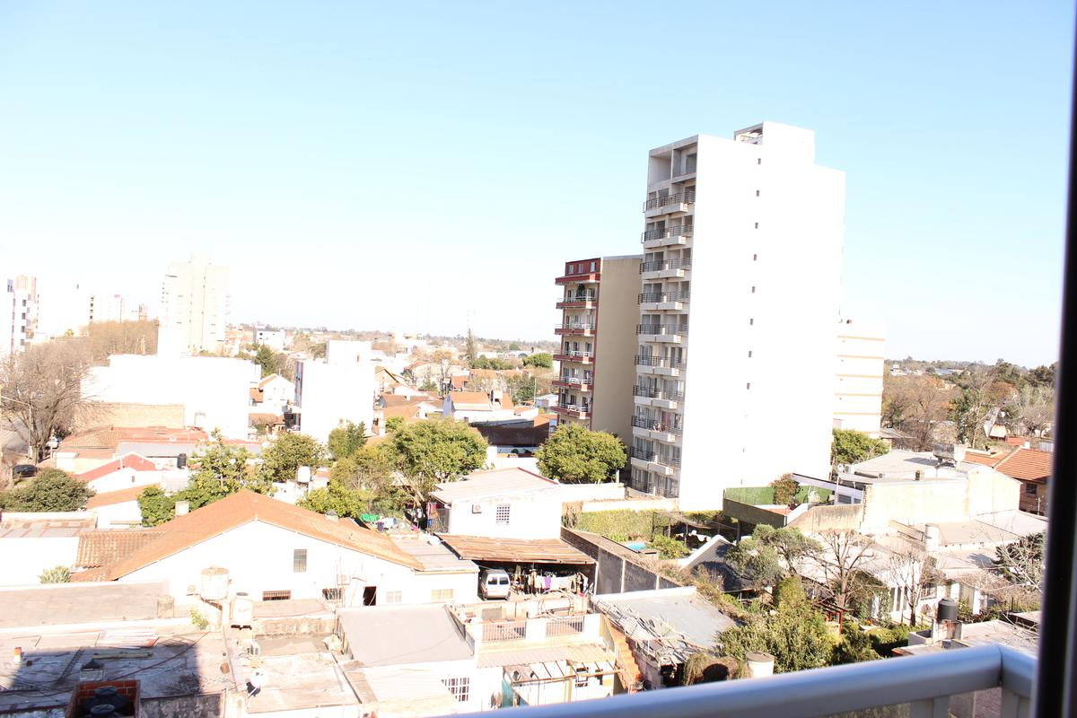 Foto Departamento en Venta en  Centro (S.Mig.),  San Miguel  Sarmiento 2101, Piso 3, Dpto B