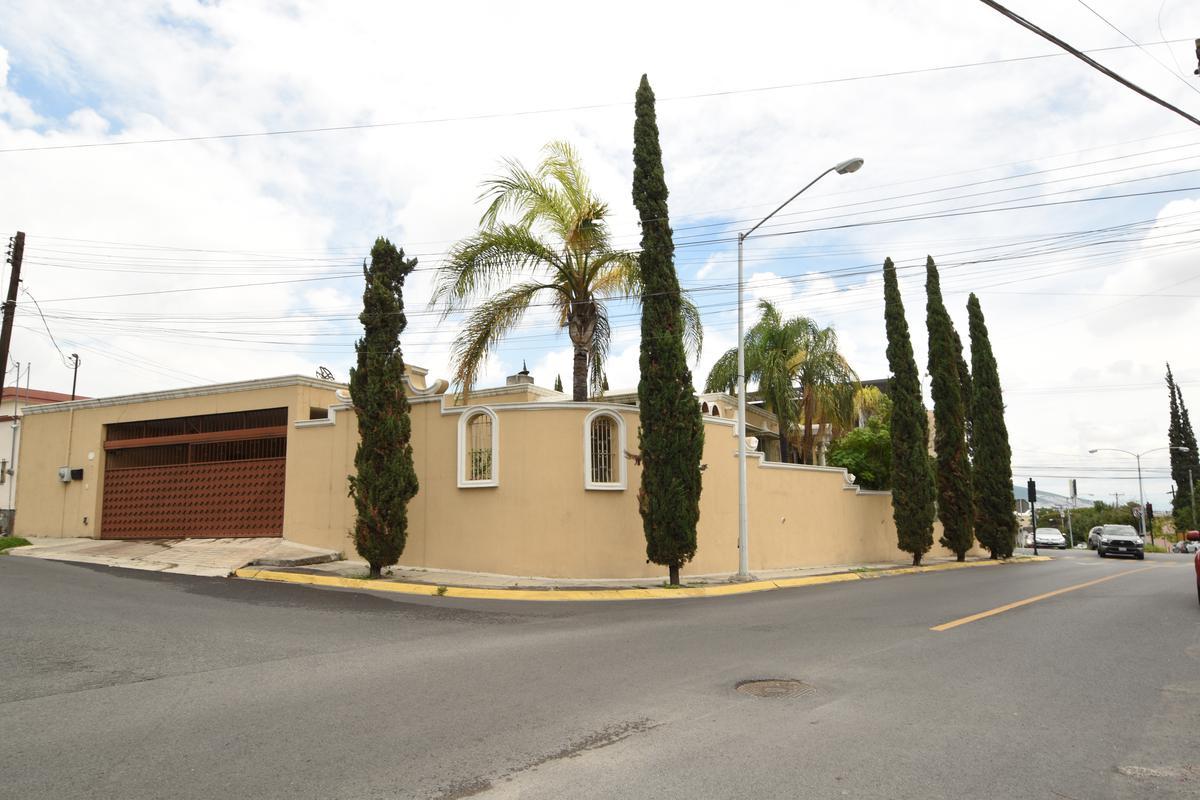 Foto Casa en Venta en  Vista Hermosa,  Monterrey  CASA VENTA USO SUELO COMERCIAL VISTA HERMOSA EN ESQUINA