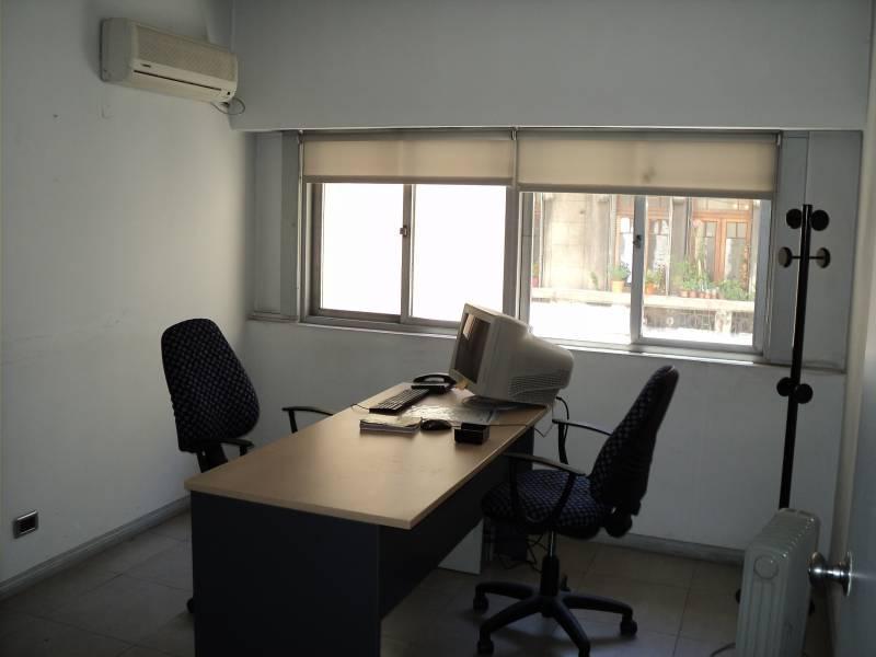 Foto Oficina en Alquiler en  San Telmo ,  Capital Federal  Piedras al 500