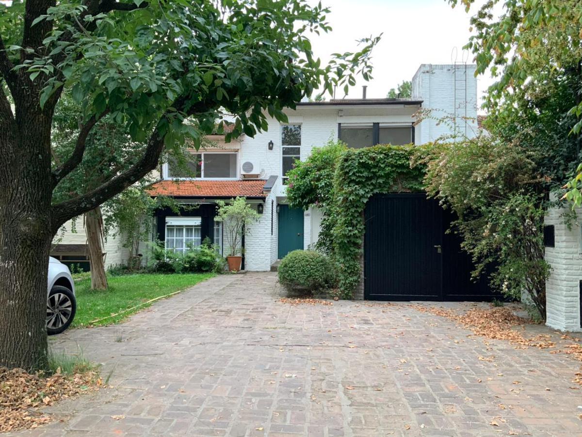 Foto Casa en Alquiler en  Las Lomas de San Isidro,  San Isidro  Lynch  al 800