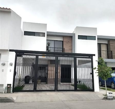 Foto Casa en Venta en  San Luis Potosí ,  San luis Potosí  CASA EN VENTA EN ALBORADA RESIDENCIAL, SAN LUIS POTOSI
