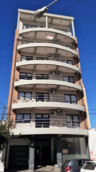 Foto Departamento en Alquiler en  Centro,  Santa Rosa  Yrigoyen al 700