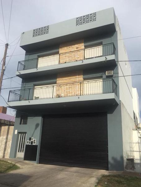 Foto Departamento en Venta en  Centro (Campana),  Campana  Viamonte al 800