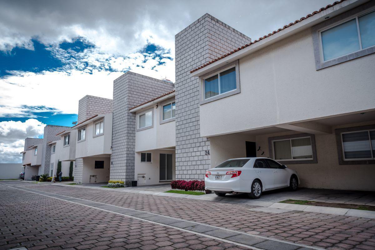 Foto Casa en Venta en  Metepec ,  Edo. de México  CASA EN VENTA HACIENDA REAL METEPEC