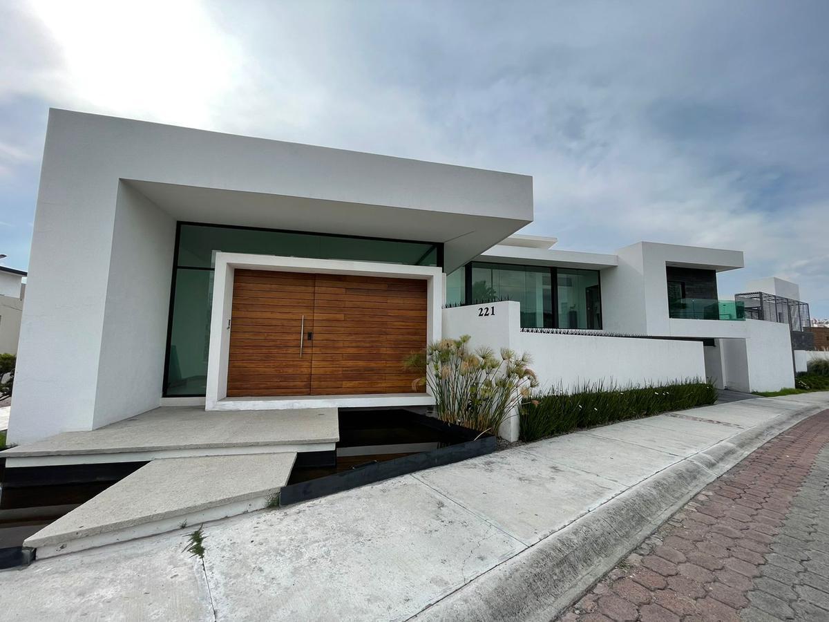 Foto Casa en Venta en  Vista Hermosa,  Querétaro  CASA EN VENTA EN   FRACC.  PEDREGAL DE VISTA HERMOSA  QRO. MEX.