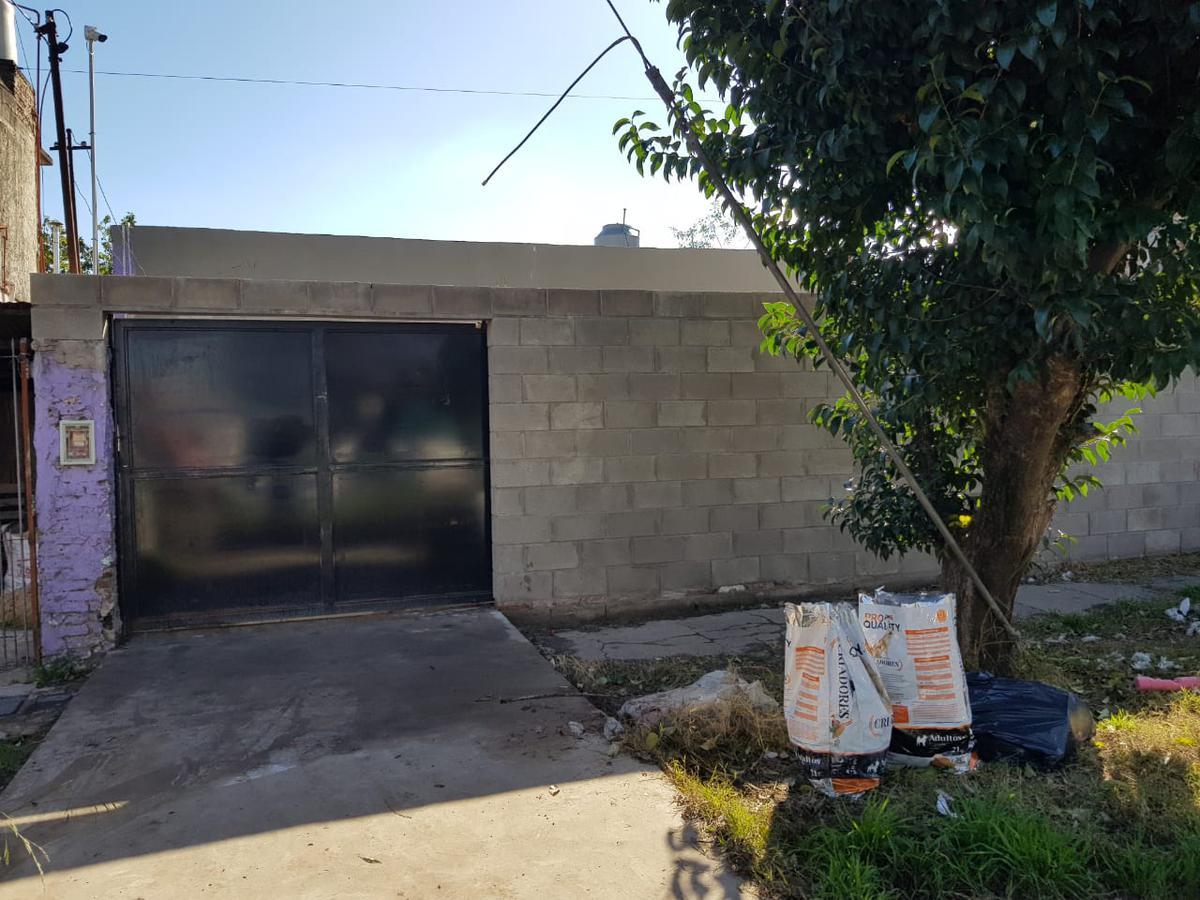 Foto Casa en Venta |  en  San Miguel ,  G.B.A. Zona Norte  CORRO al 5900