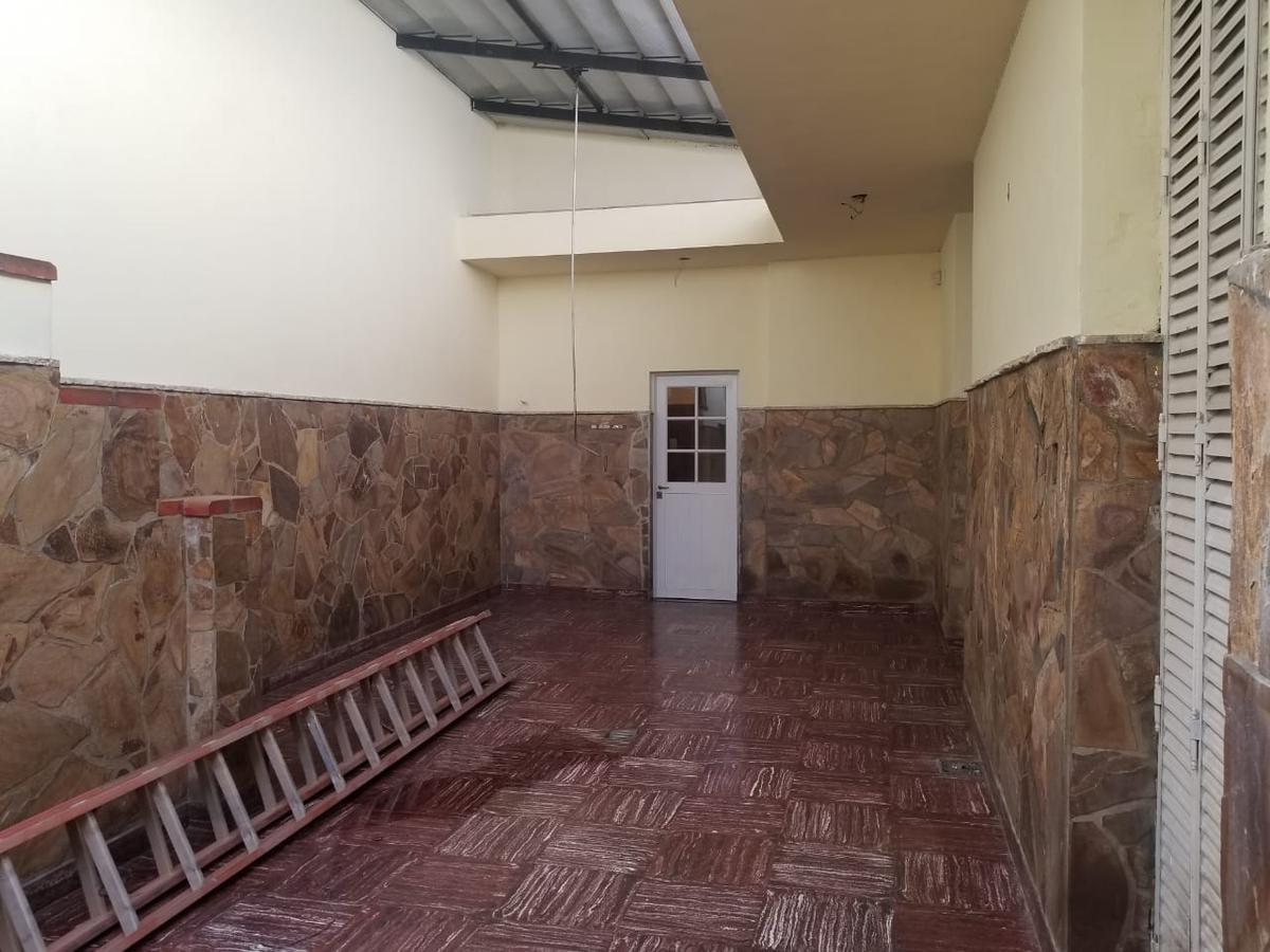 Foto Casa en Venta en  Echesortu,  Rosario  VALPARAISO al 1200
