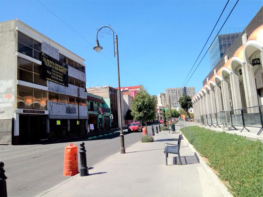 Foto Departamento en Renta en  Centro,  Toluca  DEPARTAMENTO en RENTA (3 recámaras) frente al TEATRO MORELOS en el centro de TOLUCA