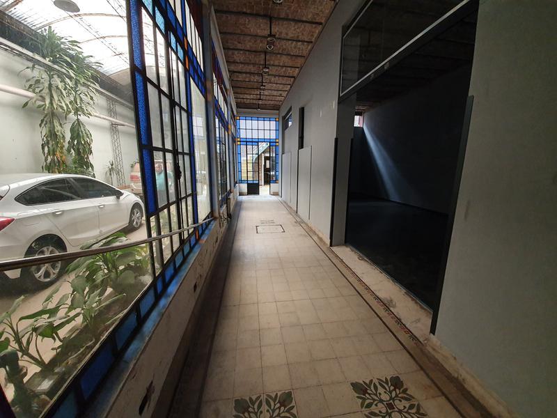 Foto Galpón en Venta en  República de la Sexta,  Rosario  Buenos Aires 2200