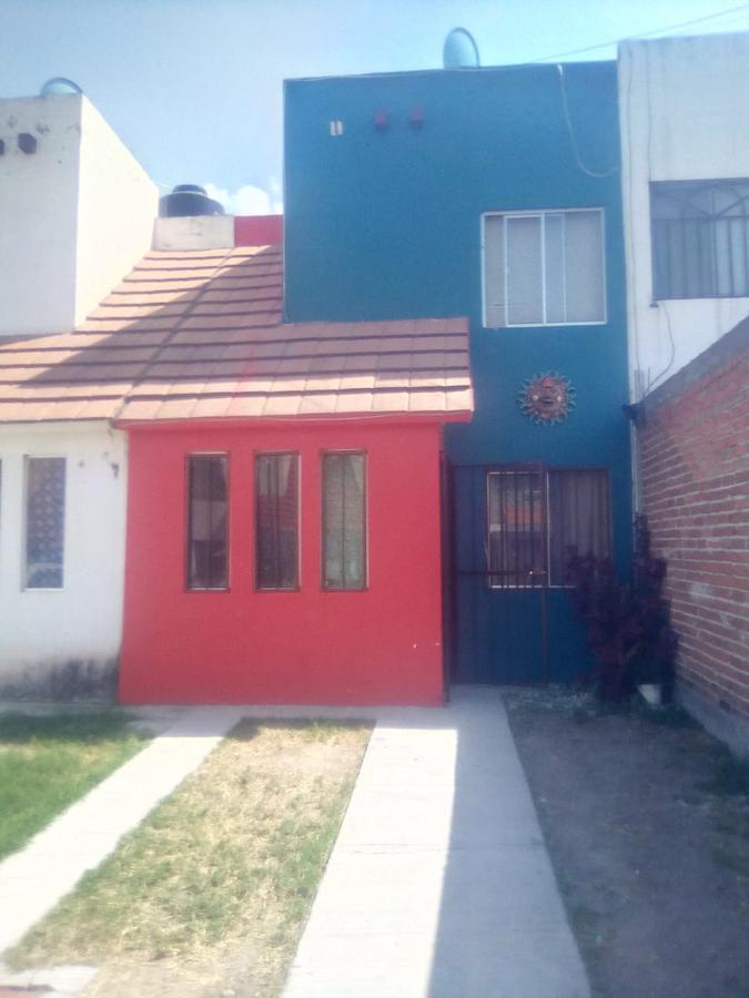 Foto Casa en Venta en  Cumbres del Campestre,  Tarímbaro  Caballeriza al 100
