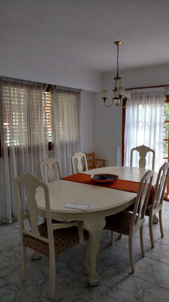 Foto Casa en Venta en  La Plata,  La Plata  17 esquina 43