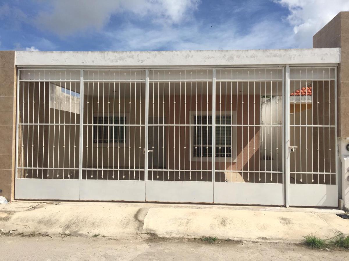 Foto Casa en Renta en  Fraccionamiento Las Américas,  Mérida  Casa en renta en Merida, bien ubicada en las Américas
