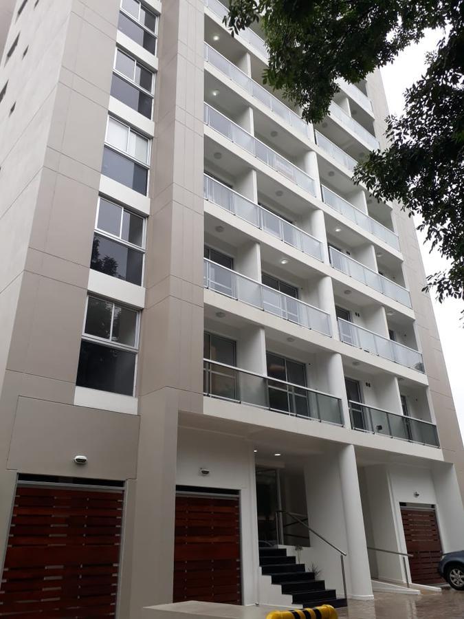 Foto Departamento en Alquiler en  San Miguel ,  G.B.A. Zona Norte  Serrano 1666 8°D