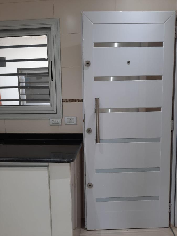Foto Departamento en Alquiler en  San Francisco Solano,  Quilmes  AVENIDA 24 N° 4524 B ENTRE 845 Y 846