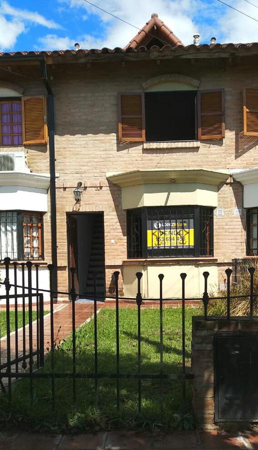 Foto Casa en Venta en  Cordoba Capital ,  Cordoba  Manzana E Casa