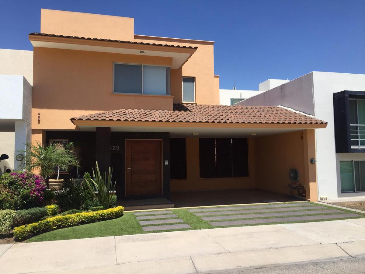 Foto Casa en Venta en  San Luis Potosí ,  San luis Potosí  LINDA CASA EN VENTA Y RENTA EN FRACC. MIRAVALLE, SAN LUIS POTOSI