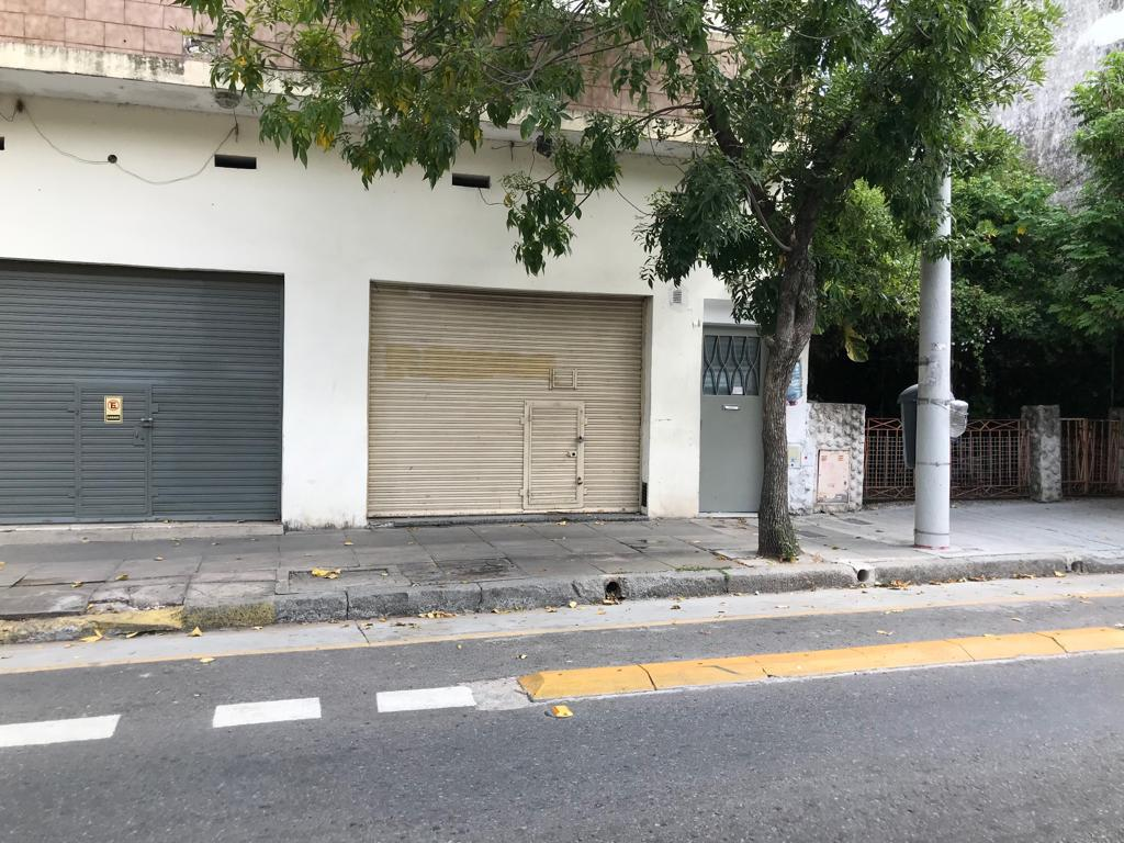 Foto Local en Venta en  Saavedra ,  Capital Federal  Superi al 4300